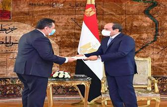 الرئيس السيسي يتسلم رسالة خطية من نظيره اليمني