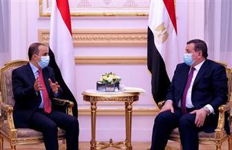 أسامة هيكل: علاقاتنا باليمن تاريخية.. ووزير الإعلام اليمني يشيد بجهود مصر في دعم اليمن | صور