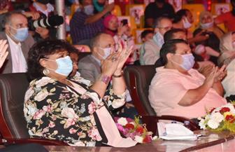 وزيرة الثقافة تتابع خطوات استئناف نشاط الإنتاج الثقافى وتشهد عرضًا للسيرك القومي|صور