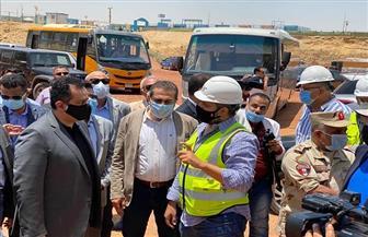 رئيس الوزراء اليمني يشيد بما تم إنجازه من مشروعات بالعاصمة الإدارية الجديدة | صور
