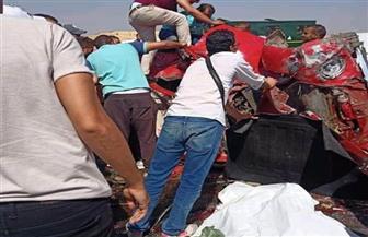 التصريح بدفن جثة شخصين لقيا مصرعهما في حادث تصادم بالقطامية | صور