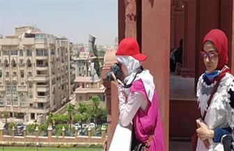 السياحة والآثار تنظم جولة إرشادية لعدد من الشباب المكفوفين بقصر البارون | صور