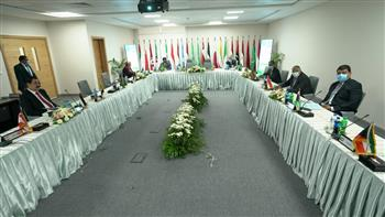 الأكاديمية العربية تناقش عمل درجات علمية مزدوجة مع جامعات عالمية بفرع العلمين الجديدة   صور