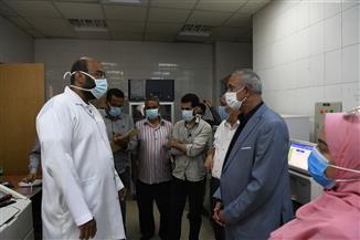 تعافي وخروج 8 حالات مصابة بفيروس كورونا من مستشفى قفط التعليمي | صور