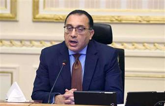 رئيس الوزراء يتابع خطة تطوير الطرق المحلية بالمحافظات وتطوير المزلقانات