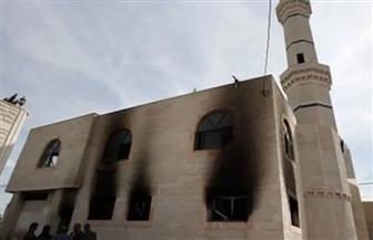 مرصد الأزهر يدين إحراق الصهاينة مسجدا في الضفة الغربية