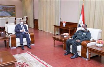 اللواء عباس كامل يلتقي رئيس مجلس السيادة السوداني في الخرطوم