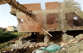 إزالة 17 مبنى على أملاك الدولة بالبحيرة | صور