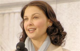الممثلة آشلي جاد تلاحق هارفي واينستين بتهمة التحرش