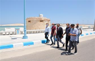 محافظ مطروح يتفقد عددا من الشواطئ  للاطمئنان على غلقها في العيد|صور