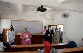 جامعة مطروح: ٢٢٥ طالبا وطالبة يؤدون امتحان اليوم الأول بكلية التربية | صور