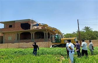 محافظ أسيوط: تنفيذ 3699 حالة إزالة مخالفات بناء وتعديات على الأراضي خلال 70 يوما| صور