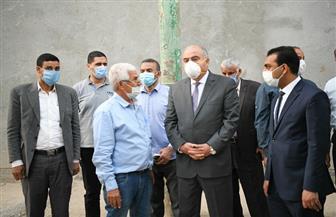 محافظ قنا ونائبه يتفقدان مشروعات مبادرة حياة كريمة بقرى دشنا وأبوتشت| صور