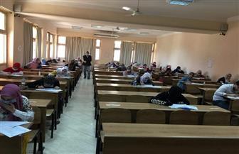 جامعة المنوفية: امتحانات الفصل الدراسي الثاني تسير في أجواء هادئة وسط إجراءات احترازية | صور