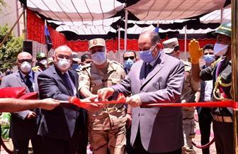 محافظ أسيوط وقائد المنطقة الجنوبية يفتتحان مستشفى عزل منقباد ومبنى المدينة الجامعية | صور