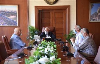 محافظ بورسعيد يطالب مجلس المصري بتوفير الإمكانات للفريق الأول