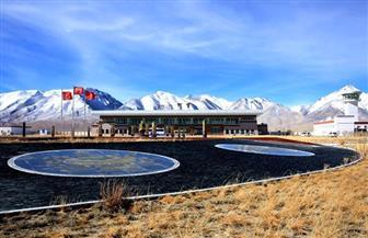 مطار على ارتفاع 4500 متر فوق سطح البحر غير حياة شعب آري التبتي في الصين