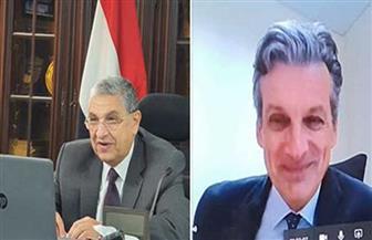 وزير الكهرباء يلتقي سفير بريطانيا لبحث سبل دعم العلاقات بين البلدين | صور