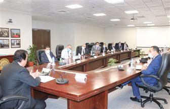 وزير التعليم العالي يتفقد منشآت مدينة زويل ويلتقي رؤساء المعاهد البحثية