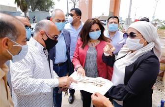 محافظ دمياط تبحث تطوير النصب التذكاري لشهداء كفر سعد | صور
