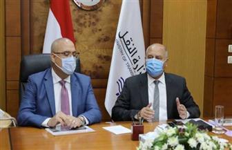 وزيرا النقل والإسكان يستعرضان النتائج الخاصة بتنفيذ مشروع القطار السريع العين السخنة - العاصمة الإدارية