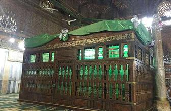 «في حب الإمام الشافعي».. المصريون يرفضون نقل رفاته والآثار تقوم بتدوين زخارفه المدهشة   صور