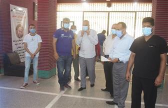 تعافي وخروج 326 حالة مصابة بفيروس كورونا من مستشفى قنا العام | صور