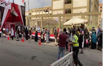إقبال كبير من المواطنين على لجان الأسمرات للتصويت بانتخابات مجلس الشيوخ | فيديو
