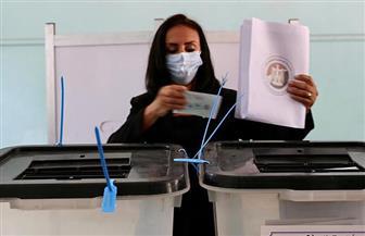 مايا مرسي تدلي بصوتها في انتخابات مجلس الشيوخ بالدقي | صور