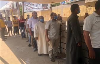 لجان مدرسة العطف بالعياط تشهد إقبالا كبيرا من المواطنين للتصويت على انتخابات مجلس الشيوخ | صور