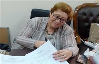ليلي عبد المجيد توقع عقد نشر ثلاثة كتب حول الإعلام في مصر