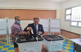 وكيل مجلس النواب يدلي بصوته في انتخابات الشيوخ بجنوب بورسعيد | صور