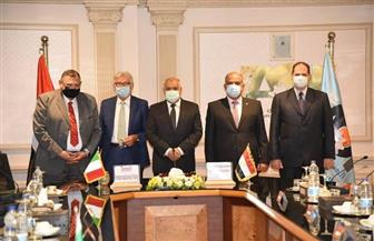 العربية للتصنيع توقع عقد إنشاء مصنع للسرنجات الآمنة مع كبرى الشركات الإيطالية | صور
