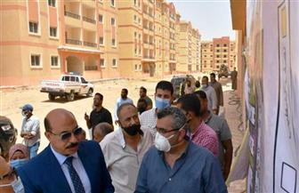 محافظ أسوان يتفقد مشروع الإسكان المتميز   صور