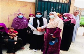 النساء تفوقن على الرجال فى الإقبال على صناديق الاقتراع بمجمع مدارس العمرانية