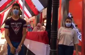 السيدات تظهرن بقوة في لجان الاقتراع بالزمالك | فيديو
