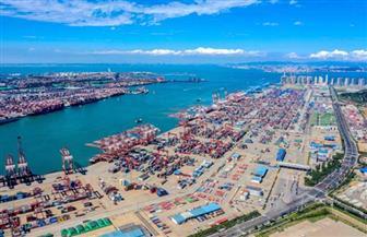 العمل على تسريع عملية تشكيل نمط تنموي جديد للاقتصاد الصيني