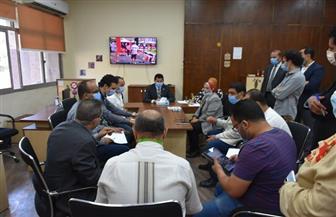 وزير الرياضة يتابع مساهمة الكوادر الشبابية في انتخابات مجلس الشيوخ من غرفة العمليات المركزية | صور
