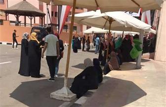 السيدات يتصدرن المشهد في انتخابات مجلس الشيوخ بلجنة مدرسة سراي القبة