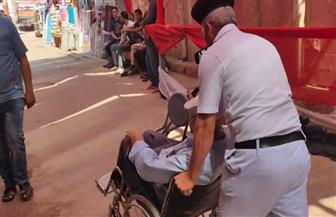 انتشار مكثف لقوات الشرطة مع مساعدة كبار السن والمرضى بانتخابات مجلس الشيوخ