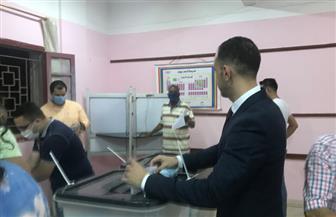 استمرار توافد الناخبين على اللجان للتصويت بالمنصورة | صور