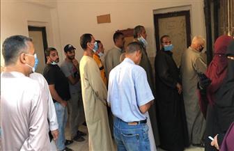 زحام وطوابير أمام لجان القرى بكفر الشيخ خلال الساعة الأخيرة من انتخابات الشيوخ | صور