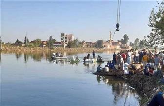 شهود عيان: معدية البحيرة تعمل منذ سنين بدون شكاوى.. والسائق ومساعده قفزا عند غرقها| صور