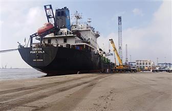 تداول 29 سفينة حاويات وبضائع عامة بمواني بورسعيد