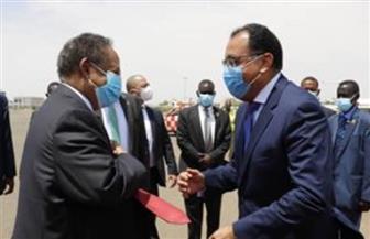 رئيس مجلس الوزراء يصل إلى مطار الخرطوم
