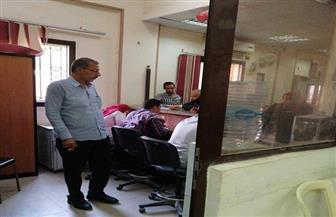 رئيس مدينة الخانكة يتابع سداد المواطنين مخالفات البناء