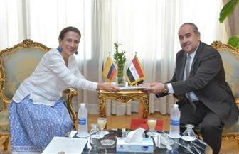 وزير الطيران يلتقي سفيرة دولة كولومبيا بالقاهرة