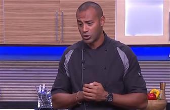 أحمد السقا يفاجئ الشيف علاء الشربيني على الهواء | فيديو