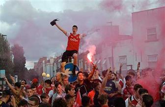 جماهير أرسنال تخرق قواعد التباعد الاجتماعي في احتفالها بكأس الاتحاد