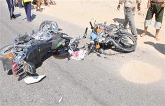 إصابة 5 أشخاص إثر تصادم دراجتين بخاريتين بطريق الصحراوي الغربي بالمنيا